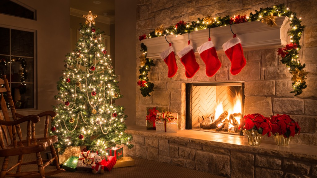 This image has an empty alt attribute; its file name is christmas-3.jpg